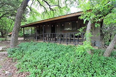 Photo of Texas Tin Roof Cabin on Lake Whitney